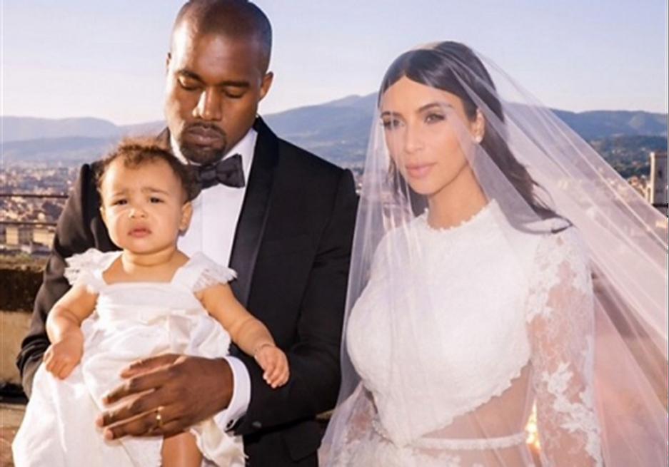 Kim Kardashian Wedding Dress Cost A Whooping Half A Million Dollars Stat Scripts
